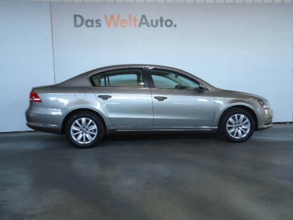 VW PASSAT-2014