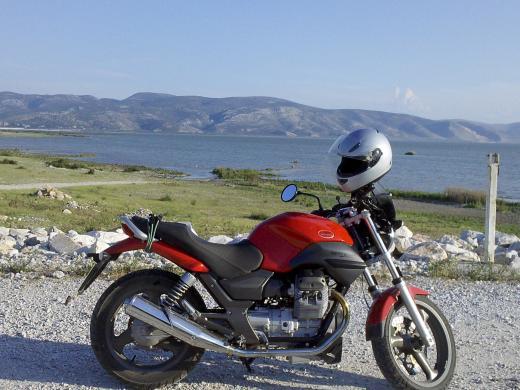 MOTO GUZZI BREVA 750-2005