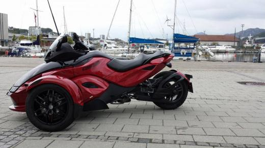 CAN-AM SPYDER RS-2012