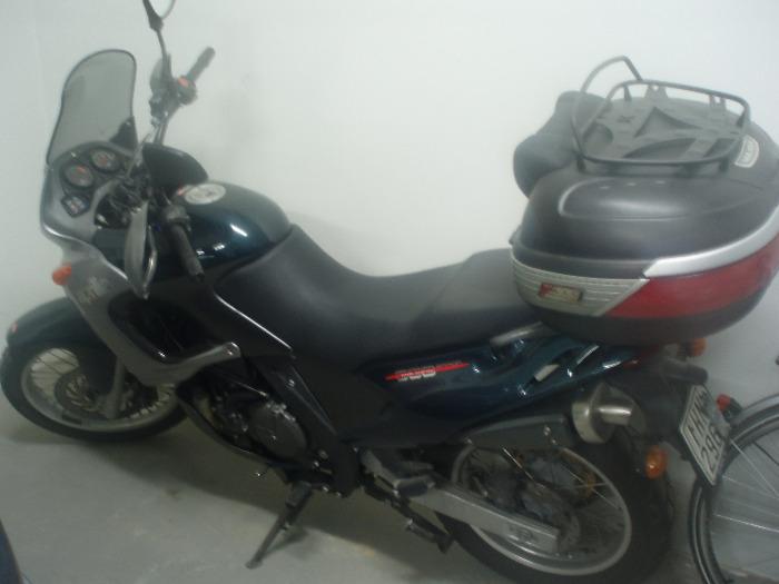 APRILIA PEGASO-650-2003