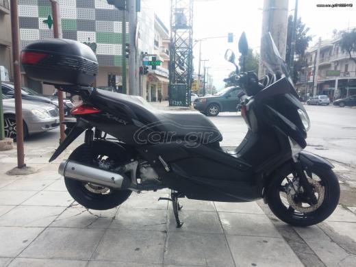 YAMAHA X-MAX 250-2010